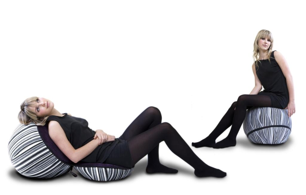LOJO Ball - inflatable ottoman that unzips into a chair